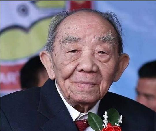 Võ sư đã gần 90 tuổi