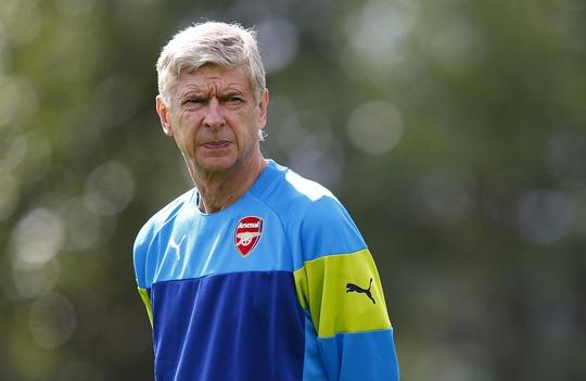 HLV Wenger đang giải bài toán nhân sự khi giữa tuần sau Arsenal sẽ tái ngộ Besiktas ở Champions League