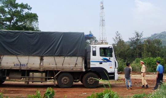Xe ô tô tải BKS 82K-3957 vượt quá trọng tải cho phép 46,3%