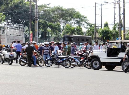 Vụ tai nạn gây ách tắc tuyến đường nội bộ KCN Sóng Thần
