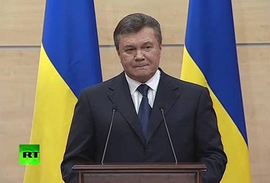 Ông Yanukovych tại cuộc họp báo hôm 11-3. Ảnh: RT
