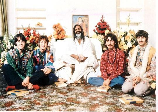 The Beatles từng đến tu viện học thiền và viết đến 48 ca khúc