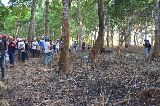 Phát hiện người đàn ông chết cháy trong rừng sinh thái