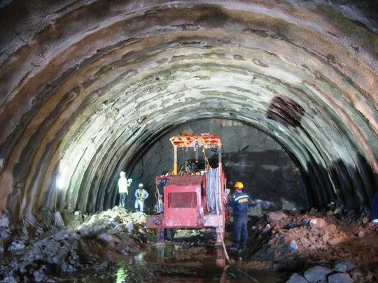 Kinh phí xây dựng hầm đèo Cù Mông dựa trên vốn tiết kiệm khi xây dựng hầm đèo Cả