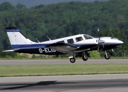 Một máy bay cùng loại với chiếc Piper PA-34 gặp nạn. Ảnh: Wikipedia