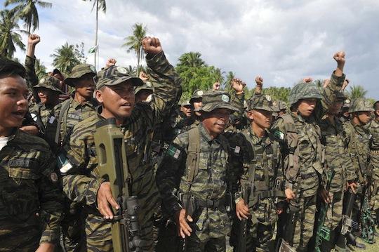 Ít nhất 27 cảnh sát Philippines và 5 phiến quân Hồi giáo thiệt mạng hôm 25-1. Ảnh: Reuters