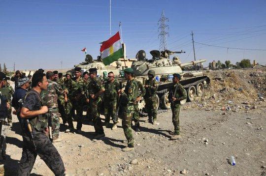 Lực lượng người Kurd chiến đấu chống IS tại tỉnh Diyala của Iraq. Ảnh: Reuters