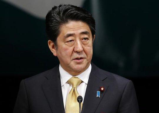Chính quyền Tổng thống Abe thông qua điều lệ cho phép viện trợ phi quân sự ở nước ngoài. Ảnh: Reuters