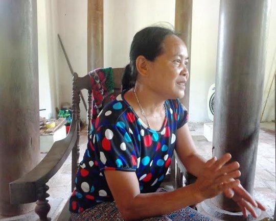 Bà Trần Thị Mai người trông coi nhà Bá Kiến 7 năm nay