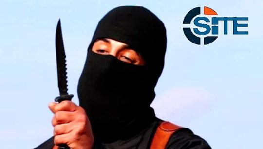 """Đao phủ máu lạnh của Nhà nước Hồi giáo (IS) """"John thánh chiến"""" vừa xin lỗi gia đình mình vì mang lại cho họ nỗi xấu hổ. Ảnh: Reuters"""