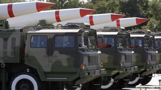 Trung Quốc đã vượt qua Đức, Pháp và Anh để trở thành quốc gia xuất khẩu vũ khí lớn thứ 3 thế giới. Ảnh: AP
