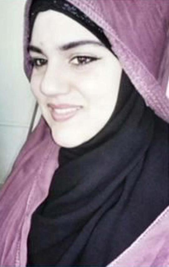 Nữ nghi can Noelle Velentzas (28 tuổi) vừa bị buộc tội khủng bố cùng một đống phạm khác. Ảnh: New York Daily News
