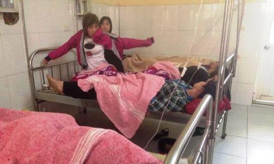 Các bệnh nhân đang được điều trị tại bệnh viện Chương Mỹ (Hà Nội)