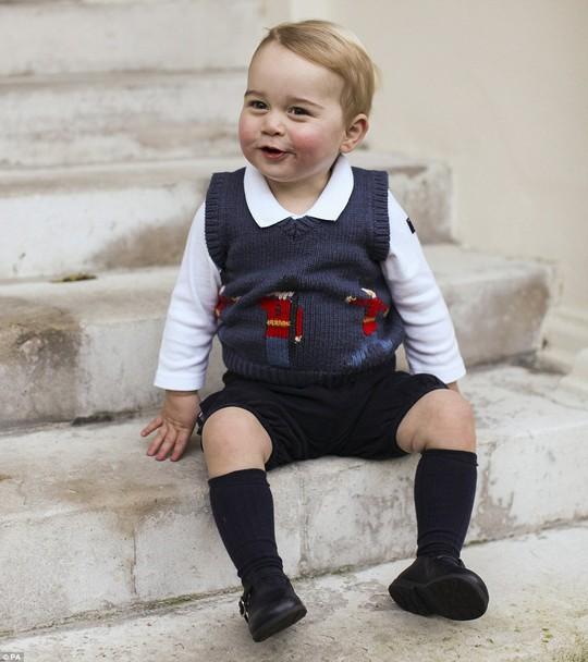 Hoàng tử bé George sẽ được bồi dưỡng thêm về... địa lý. Ảnh: PA