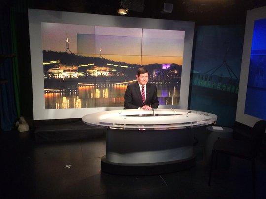 Bộ trưởng Quốc phòng Úc Kevin Andrews trả lời phỏng vấn của đài ABC hôm 14-4. Ảnh: Youtube