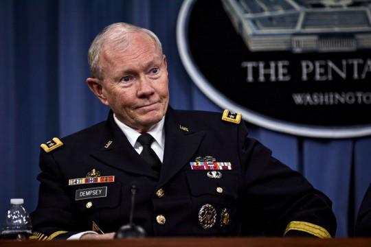 tịch Hội đồng tham mưu trưởng liên quân Mỹ, tướng Martin Dempsey. Ảnh: Reuters