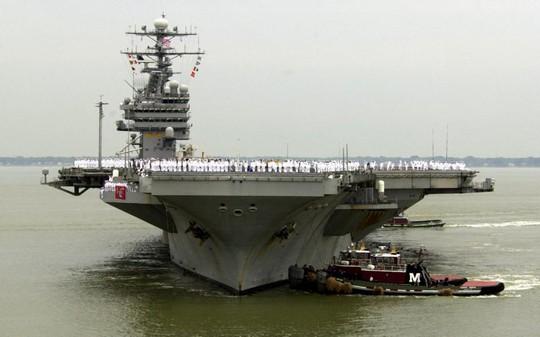 Tàu sân bay USS Theodore Roosevelt của lực lượng Hải quân Mỹ. Ảnh: AP