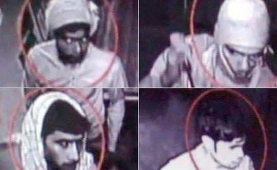 4 nghi phạm cưỡng hiếp nữ tu bị camera giám sát ghi lại hình ảnh. Ảnh: Press Trust of India