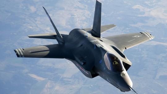 Mỹ có thể sắp điều máy bay tiêm kích F-35 Lightning II đến biển Đông. Ảnh: Foundry Mag