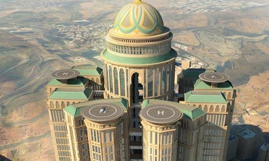 Abraj Kudai được ví như pháo đài sa mạc. Ảnh: The Guardian