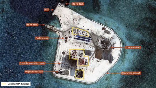 Hình ảnh cho thấy Trung Quốc đang cải tạo Đá Gạc Ma. Ảnh: IHS