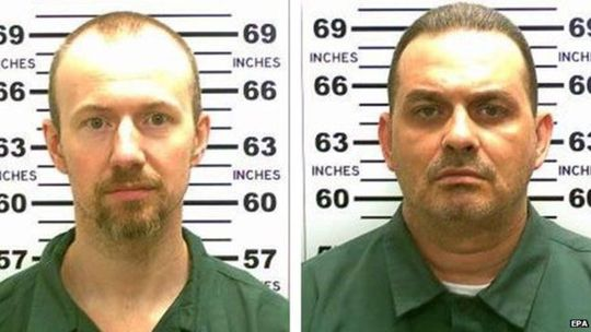 Hai tội phạm giết người David Sweat (trái) và Richard Matt (phải). Ảnh: EPA