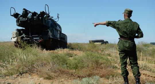 Nga đang phát triển một loại súng siêu cao tần để trang bị cho hệ thống tên lửa BUK. Ảnh: Sputnik