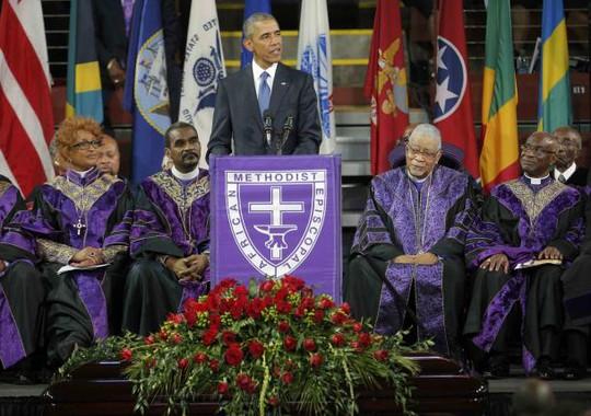 TT Obama phát biểu tại đám tang hôm 26-6. Ảnh: Reuters