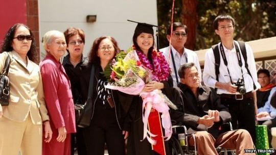 Sau khi tốt nghiệp Đại học Nam California, Thủy trở về quê hương. Ảnh: BBC