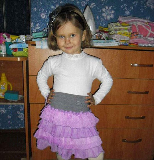 Hero: Masha Yantuganova died of severe burns after throwing herself on top of her little brother to protect him from boiling water