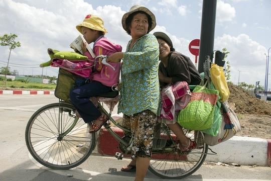 Quê ở kiên Giang, bị chồng bỏ từ khi mới mang thai đứa con thứ 2, bà Nguyễn Thị Mai lên thành phố kiếm sống và trọ ở quận 2, TP HCM