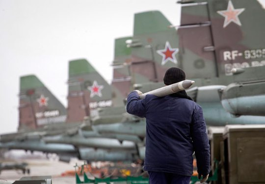Nga mở cuộc tập trận quy mô lớn giữa lúc NATO đang có cuộc tập trận chung với sự tham gia của binh lính Bulgaria, Romania và Thổ Nhĩ Kỳ ở Biển Đen gần bán đảo Crimea. Ảnh: Reuters