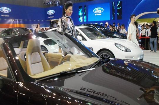 Với đề xuất về thuế tiêu thụ ô tô của Bộ Công thương thì những dòng xe đắt tiền như Porsche sẽ đội giá cao chót vót - Ảnh minh họa: Hùng Lê