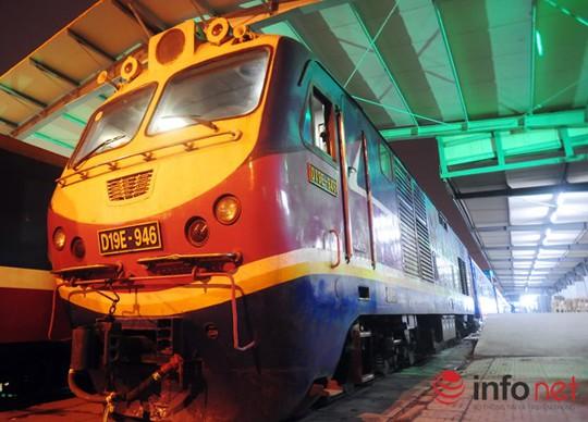Sau hơn 4 tháng nâng cấpcải tạo toa xe thế hệ 2 thuộc ram tàu SE 3/4, Cty TNHH một thành viên Đường sắt Sài Gòn đã đưa tàu hỏa chất lượng 5 sao vào phục vụ lần đầu tiên tại Việt Nam.