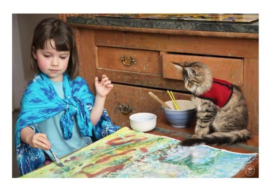 Những bức tranh tuyệt đẹp của cô bé tự kỷ 5 tuổi và chú mèo