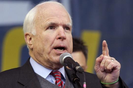 Thượng nghị sỹ Mỹ John McCain. Ảnh: EPA