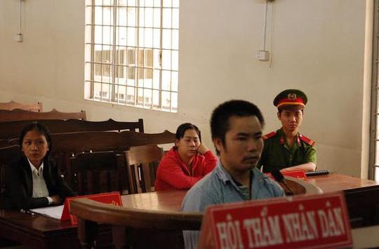 """""""Yêu trẻ"""" dễ bảo, lãnh án 13 năm tù"""