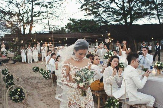 Phương Vy diện đầm cưới mẹ may tặng