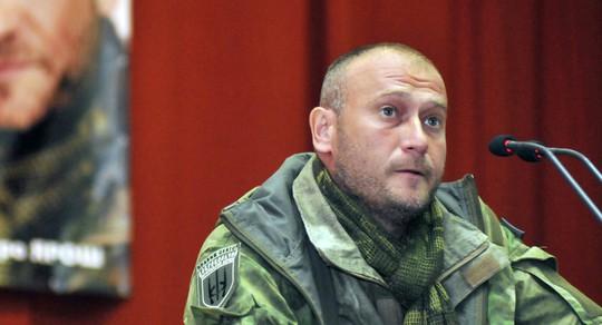 Dmytro Yarosh kêu gọi bắt giữ các cảnh sát tham gia cuộc đấu súng. Ảnh: Sputnik News
