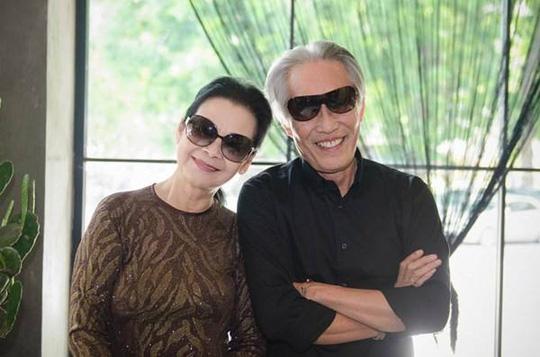 Nữ ca sĩ Khánh Ly và chồng, nhà báo Hoàng Đoan