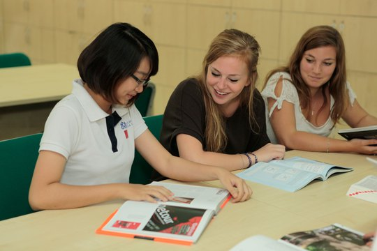Sinh viên Trường ĐH Hoa Sen