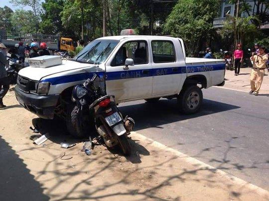 Hiện trường vụ đâm xe- ảnh CTV
