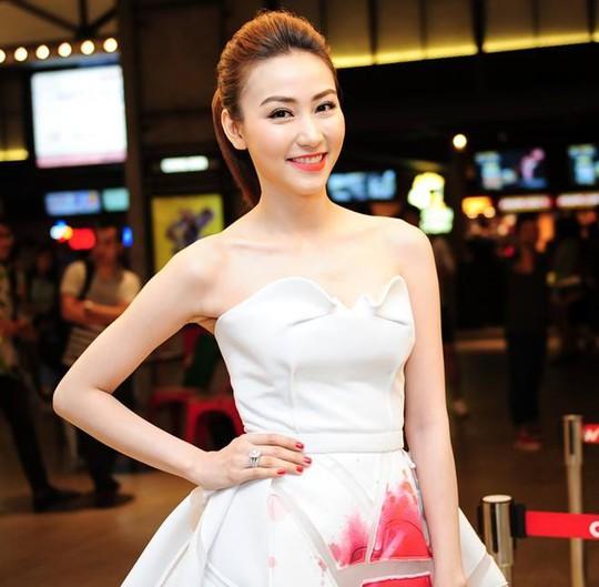 Diễn viên kiêm ca sĩ Ngân Khánh