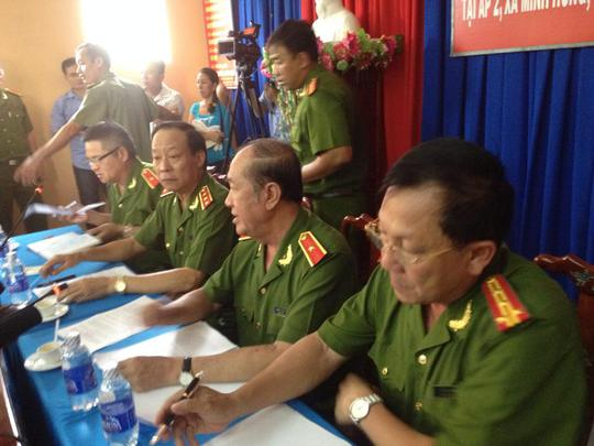 Họp báo vụ thảm sát ở Bình Phước: Tên Dương giết đến 5 người!