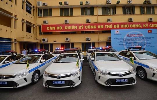 Loạt xe được bàn giao tại Hà Nội