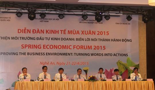 Diễn đàn Kinh tế Mùa xuân 2015 đã nhận được nhiều ý kiến đóng góp tâm huyết từ các đại biểu trong và ngoài nước