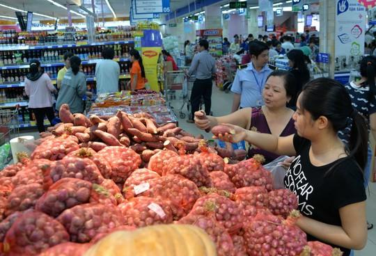 Hành tím Vĩnh Châu bày bán ở Co.opmart Đinh Tiên Hoàng, TP HCM