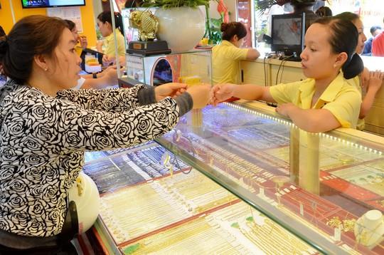 Giá vàng SJC trong nước ngày 8-7 giảm 170.000 đồng/lượng  so với phiên trước Ảnh: TẤN THẠNH