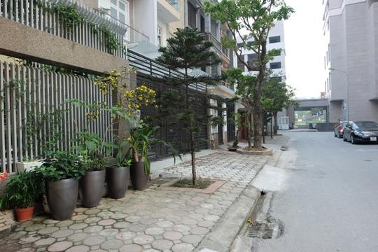Khu vực xảy ra cuộc ẩu đả của hai chú chó (phường Dịch Vọng, quận Cầu Giấy, Hà Nội)
