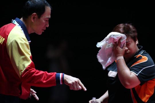 Mai Hoàng Mỹ Trang thất vọng khi thua ngược 3-4 sau khi dẫn trước đến 3-0 ở bán kết Ảnh: Quang Liêm